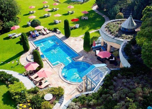 Wellness in Österreich: 3 – 8 Tage im 4* Thermenhotel Sendlhof inkl. Vollpension und Spa ab 166€