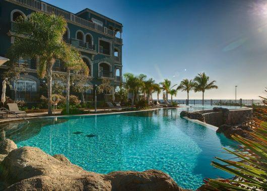 6 Tage Gran Canaria im 5* Award-Hotel inkl. Frühstück, Flug, Rail&Fly und Transfer ab 556€