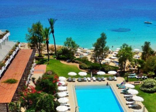 Strandurlaub auf Zypern: 4* Hotel inkl. Flug, Transfer und Frühstück ab 305€