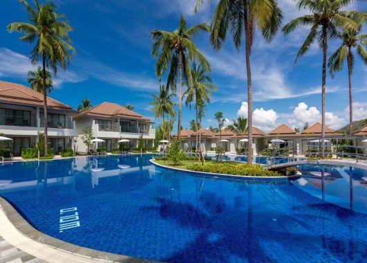 10 Tage Khao Lak im 5* Resort inkl. Halbpension, Flug und Transfer ab 941€