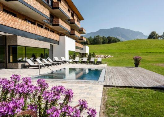 3 Tage Oberbayern im 4*S Hotel inkl. Frühstück, 6-Gang-Menü & 1500m² Spa ab 219€