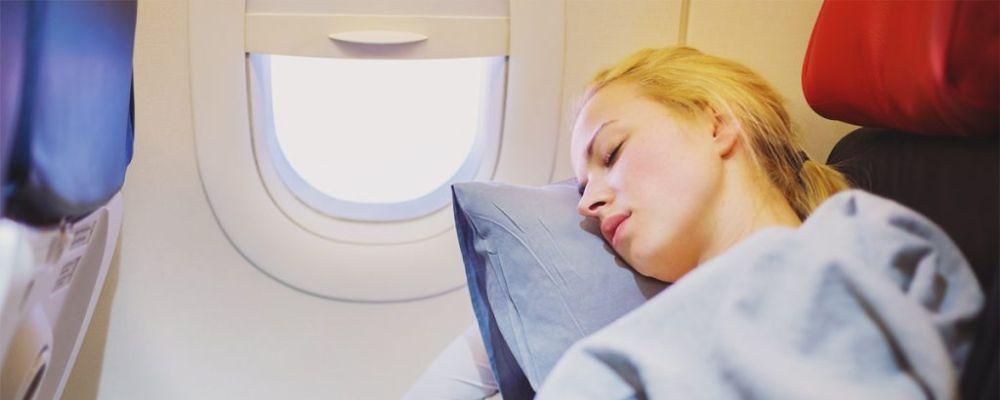 flugzeug schlaf