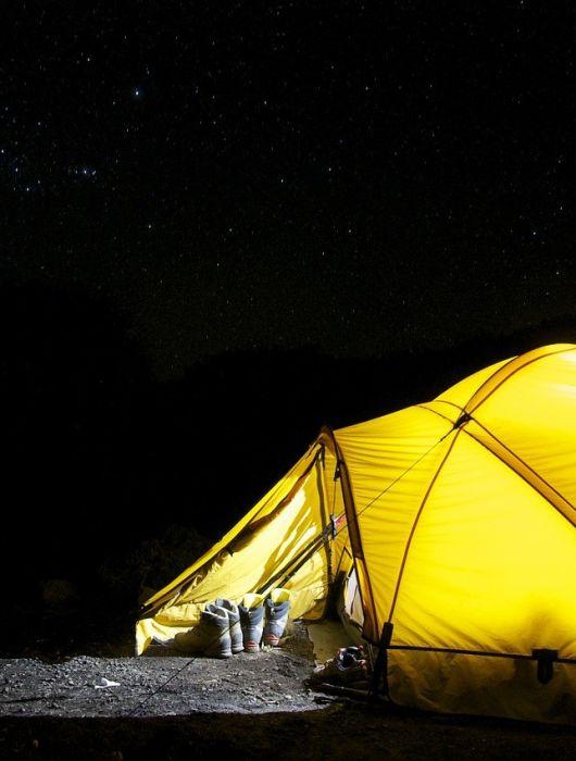 Zelten für Fortgeschrittene: Clevere Utensilien zum Schlafen, Kochen und Beschäftigen