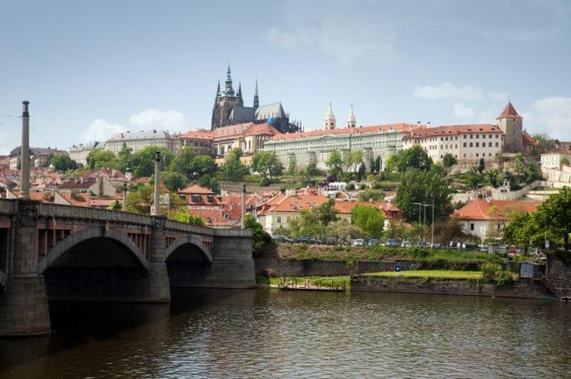 2 Übernachtungen für 2 Personen in Prag im 4**** NH Pragu bei ab-in-den-urlaub-deals.de für nur 119 Euro