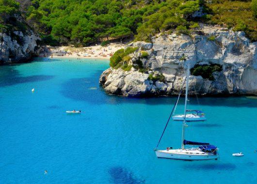 Mallorca: 7 Tage im 3-Sterne Hotel in Santa Ponsa inklusive Flügen und Halbpension ab 231€ p.P.