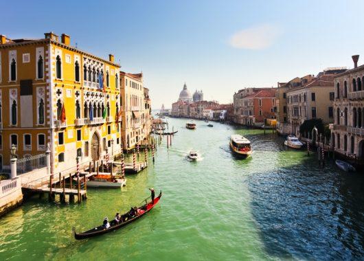 Venedig: 3 bis 5 Tage im 4* Hotel inkl. Flug, Frühstück und Dinner ab 129€