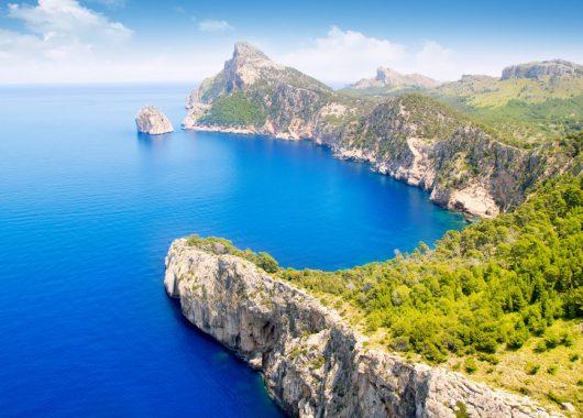Mallorca: 14 Tage im einfachen & guten bewerteten Hotel inkl. Flug und Transfer ab 288€ pro Person