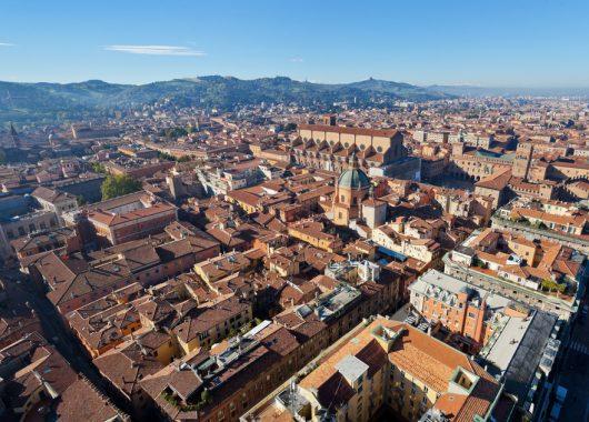 Städtetrip nach Bologna: 3 Tage im 4* Hotel inkl. Flug und Frühstück ab 98€