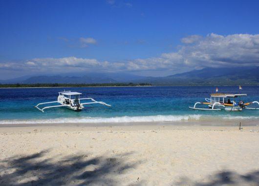 Indonesische Inseln: 14-tägige Reise mit Hotels, Ausflügen, Frühstück,Transfers und Flügen ab 1.695€