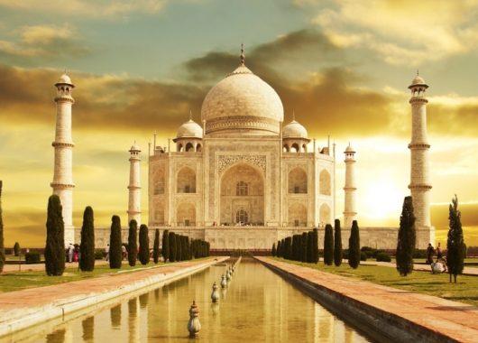 Rundreise Indien: 9 Tage inkl. Hotels, Flügen, Rail&Fly Transfers, Frühstück und Ausflügen für 699€