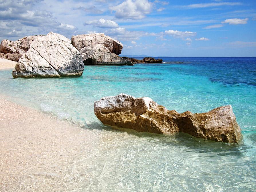 Sardinien Strand Meer Felsen Sandstrand Italien Mittelmeer