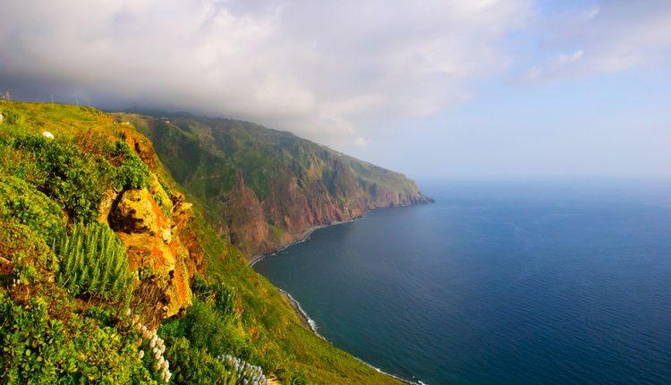 Lastminute nach Madeira: 2 Wochen inkl. Flug, Transfer und Hotel mit Frühstück für 389€