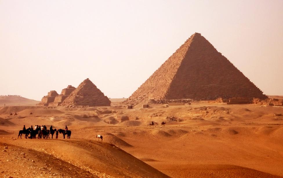 Ägypten Pyramiden Wüste Pferd Kamel