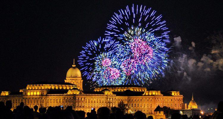 Silvester: 4 Tage Budapest im 3* Ibis Hotel und Lufthansa-Flügen nur 222€ pro Person