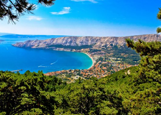 7 Tage auf der Insel Krk (Kroatien) im 4-Sterne Hotel inkl. Flug und Halbpension 347€