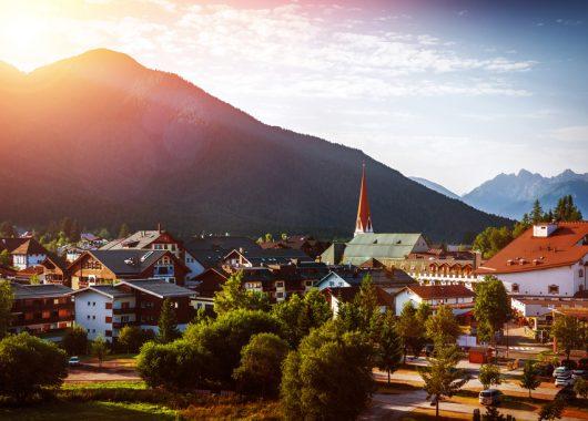 Auszeit in Tirol: 3 Tage im 4* Schlosshotel in Hall inkl. Frühstück ab 109€