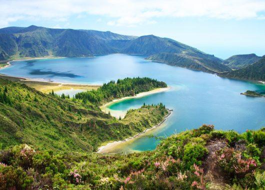 7 Tage Azoren im sehr guten 4* Hotel (100% Holidaycheck) ab 406€ inkl. Flug, Frühstück und Zimmer mit Meerblick