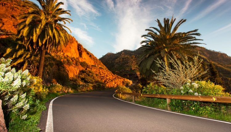 Gran Canaria: 9 Tage inklusive Flug, Transfers, Rail and Fly und Hotel mit Halbpension ab 400 Euro