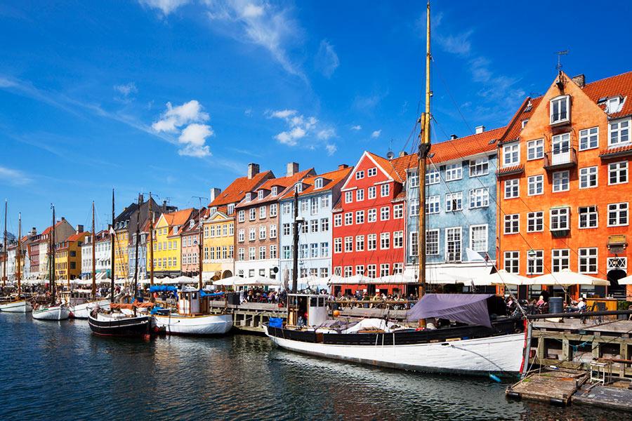 berraschungsreise nach kopenhagen stockholm oder oslo 3 oder 4 tage inkl flug hotel und. Black Bedroom Furniture Sets. Home Design Ideas