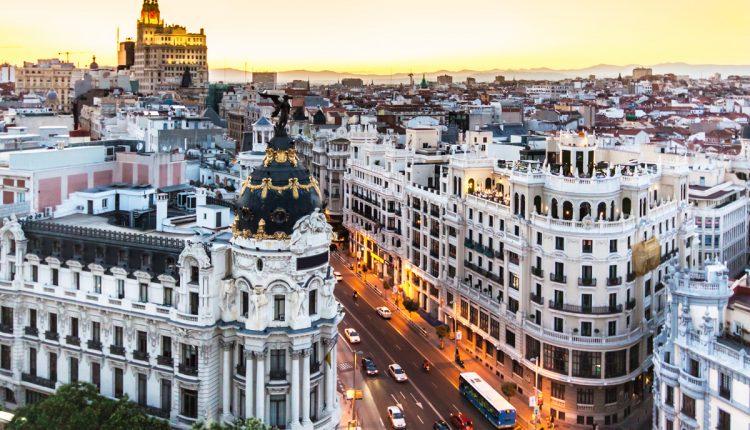Frühlingsgefühle: 4 Tage Madrid im sehr guten 4* NH Hotel schon für 189€ inkl. Flug ab Berlin, Frankfurt, München, Düsseldorf