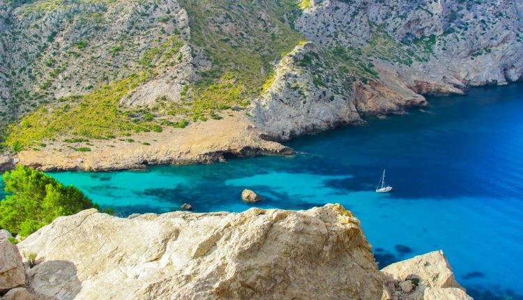 Mallorca zur Hauptsaison: 14 Tage in Cabo Regana All Inclusive mit Flügen und Transfers ab 594 Euro