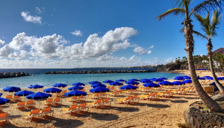 Lastminute: 1 Woche Lanzarote inkl. Hotel, Flug und Transfer für 126€