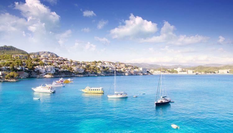 9 Tage Playa de Palma im 4* Hotel mit Halbpension, Transfer und Rail&Fly ab 359€