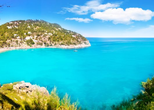 Ibiza: Eine Woche im tollen Hotel inkl. Flug, Transfer und Frühstück ab 316€