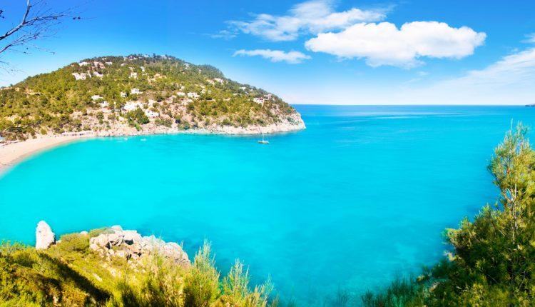 Frühbucher: 7 Tage Ibiza im Mai im 3-Sterne Hotel mit All Inclusive ab 346 Euro