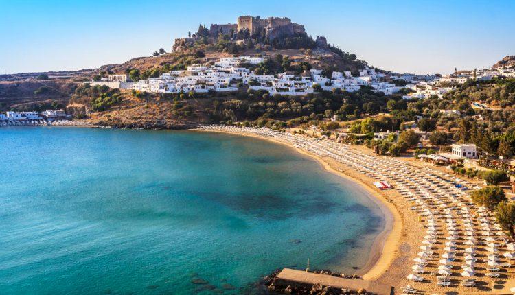 Last Minute: Eine Woche Rhodos im 4* Hotel inkl. HP, Flug und Transfer ab 387€