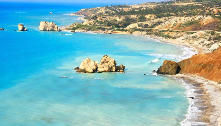 Last Minute: 7 Tage Südzypern im sehr guten 4-Sterne Hotel inklusive Flug und Transfers ab 367€ pro Person