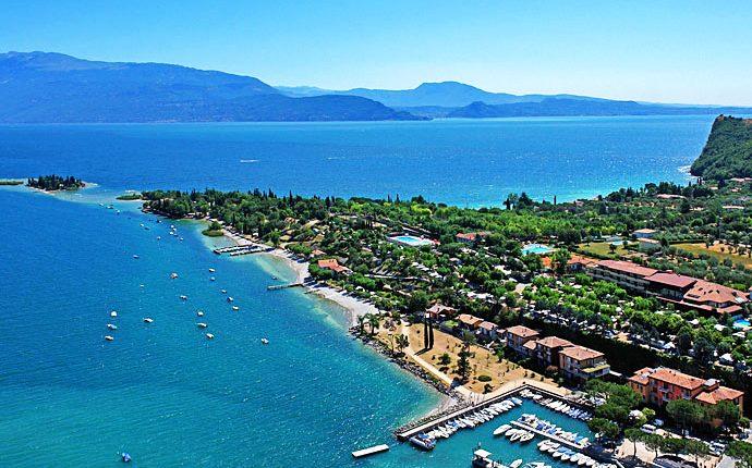 Gardasee: 4 Tage im Superior-Room eines top 4*Hotels mit Halbpension und Geschenk ab 149€