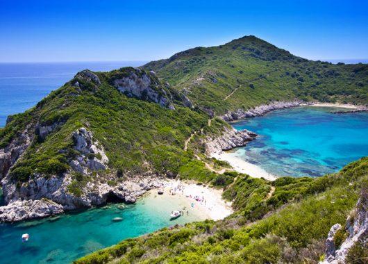 Travelbird: 14 Tage Korfu im 4-Sterne Hotel inklusive Flug & Verpflegung ab 479€ pro Person