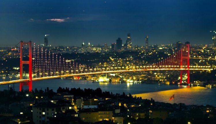 Weekend-Special bei Ebay: 4 Tage im 5-Sterne Hotel in Istanbul inkl. Wellness & Frühstück für 85 Euro pro Person