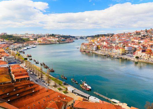 4 Tage Porto im guten 3* Hotel inkl. Flug und Frühstück ab 153€