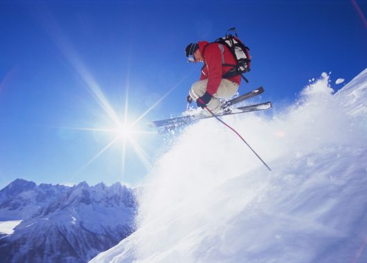 Winterurlaub in Kärnten: 3 Tage im 4* Hotel inkl. Halbpension, Spa & Tagesskipass ab 129€