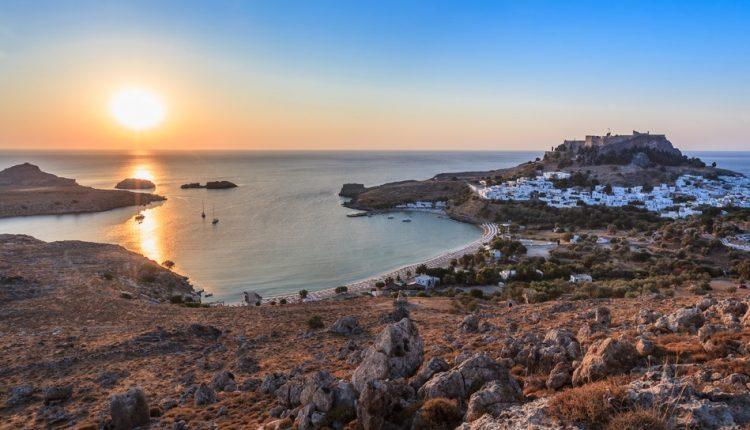 Rhodos: 1 Woche inkl. Flügen und gutem Hotel mit Frühstück ab 225€