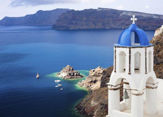 1 Woche Santorini im Oktober: 3* Hotel inkl. Frühstück, Flug, Transfer und Rail&Fly für 294€ ab Hamburg