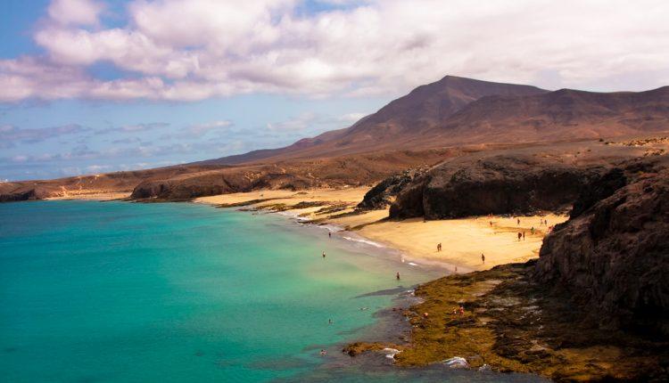 Lanzarote: Eine Woche im guten 3* Hotel inkl. Flug und Transfer ab 307 Euro pro Person
