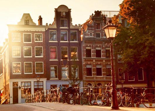 Städtetrip nach Amsterdam: 3 Tage in gutem Hotel inkl. Frühstück ab 89€ pro Person