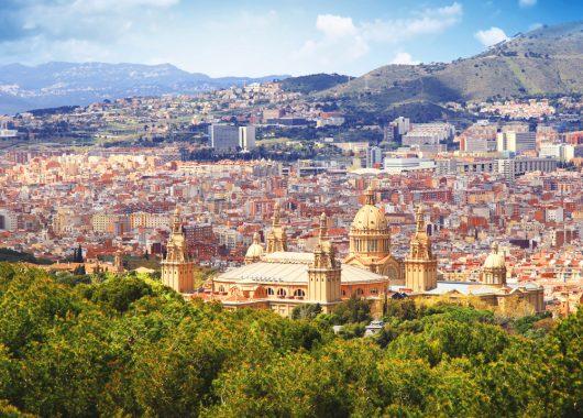 4 Tage Barcelona im 4* Hotel mit Frühstück und Flug ab 188€