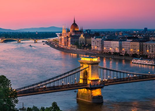 Städtetrip Budapest: 3 Tage zu zweit im 4*Hotelboot inkl. Frühstück für 47€ p. P.