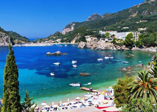 Korfu: Eine Woche im guten 3* Hotel inkl. Flug, Transfer und Frühstück ab 268€