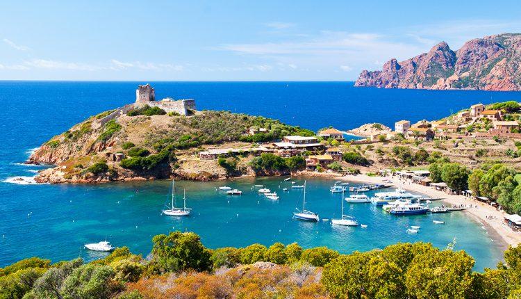 1 Woche Korsika im Mai: 3* Apartment direkt am Strand und Flug ab 306€