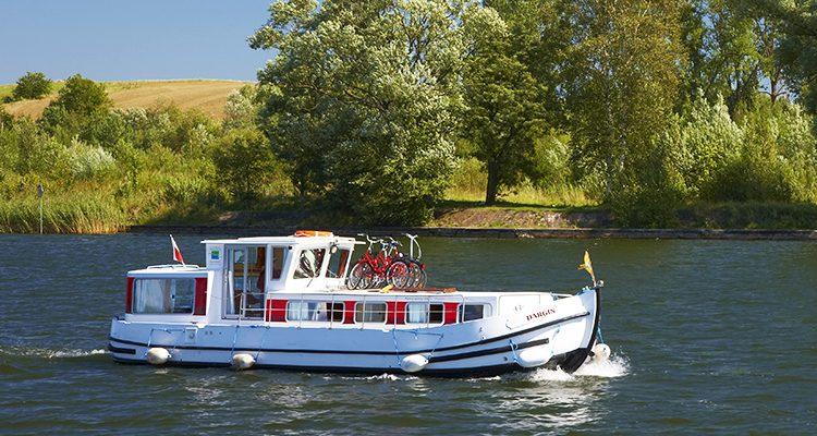 Locaboat: 8-tägiger Hausbooturlaub in Deutschland, Italien oder Frankreich ab nur 620€ pro Boot (max. 12 Personen)