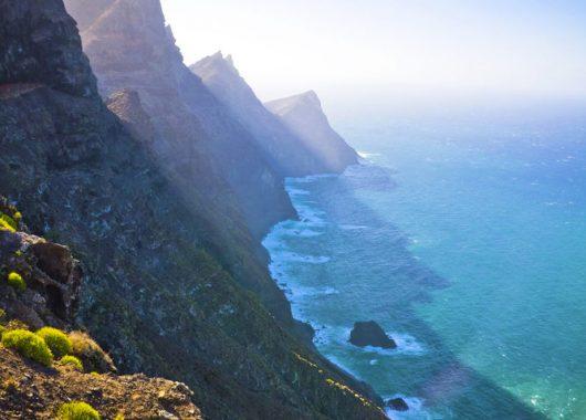 Lastminute: 11 Tage Gran Canaria im 3* Hotel inklusive Halbpension, Flügen und Transfer für 386€