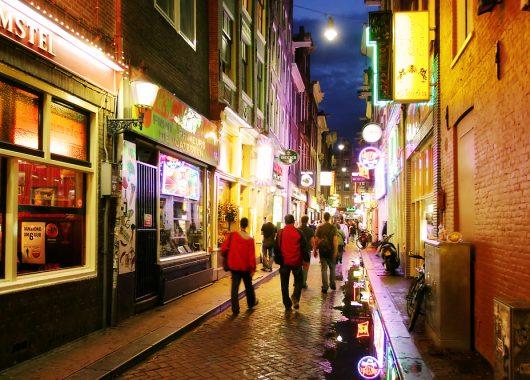 Zentrales 4* Hotel in Amsterdam für nur 52€ für zwei Personen