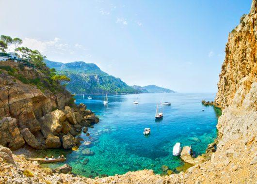 Mallorca: 7 Tage im sehr guten 4* Hotel inkl. Flug, Transfer und Rail & Fly ab 294€ pro Person