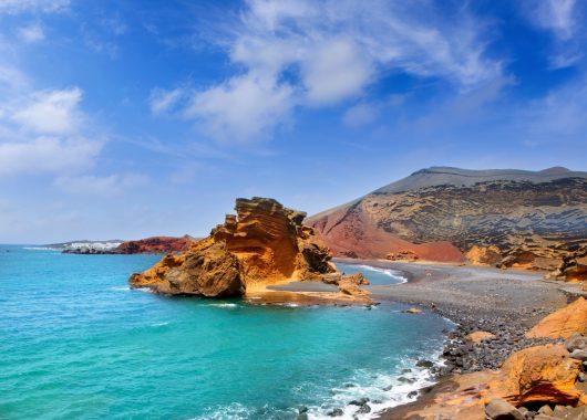 Eine Woche Lanzarote im 3* Aparthotel inkl. Frühstück, Flug und Transfer für 337€