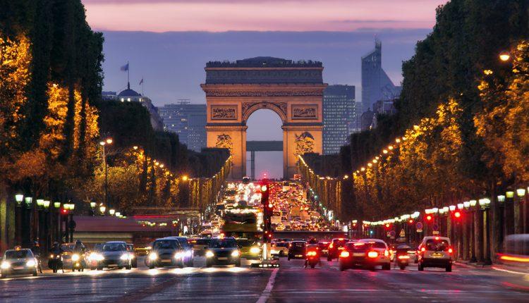 Jeden Samstag: Tagestour nach Paris für 34,99€
